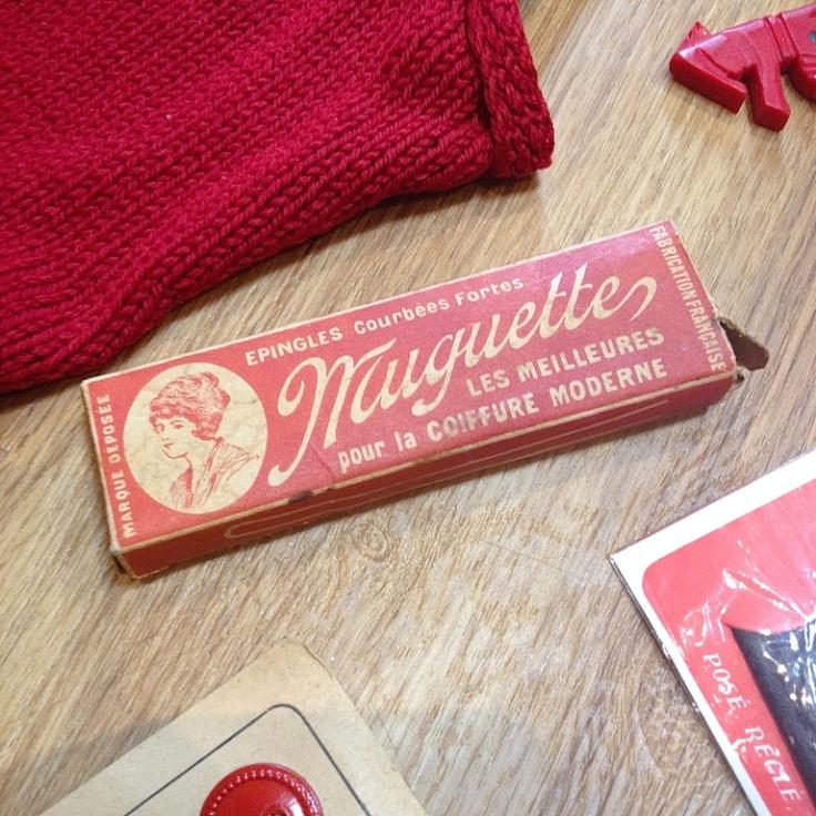 Monochrome vintage rouge 23