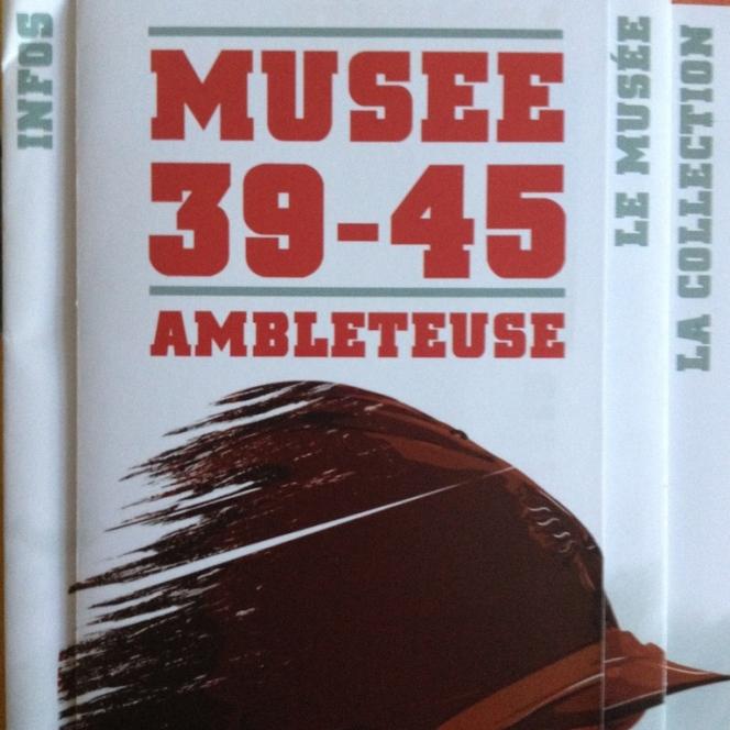 Musée 39-45 d'Ambleuteuse - Vitrine restriction textile femme 1940 24