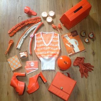Monochrome vintage orange 1