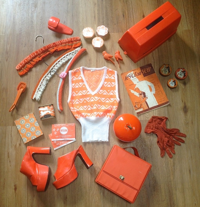 Monochrome vintage orange 1