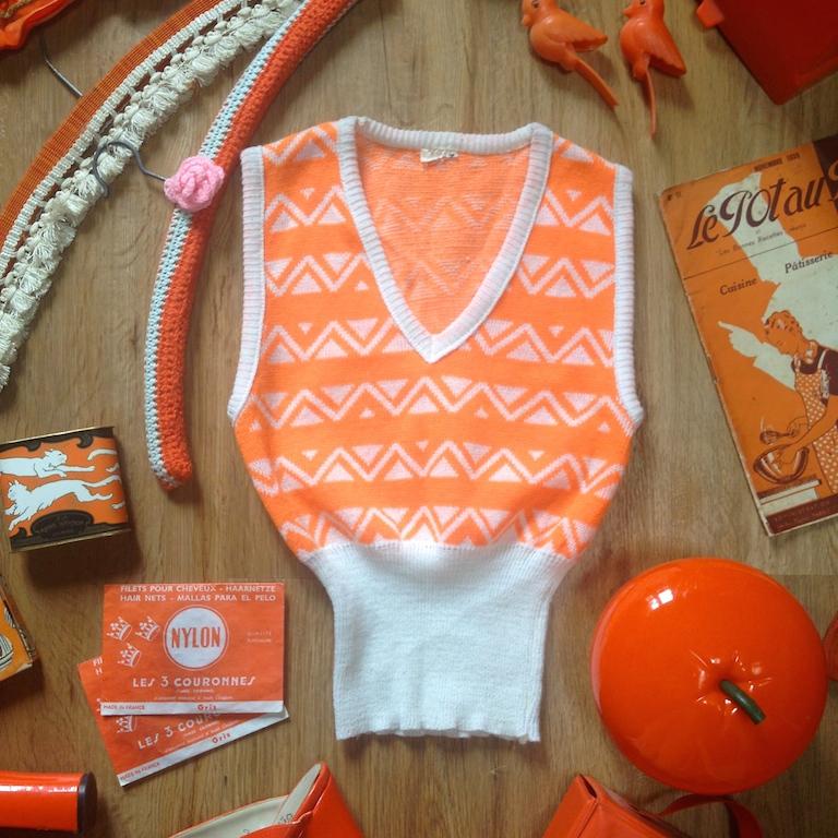 Monochrome vintage orange 2