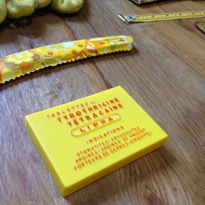 Monochrome vintage jaune 11
